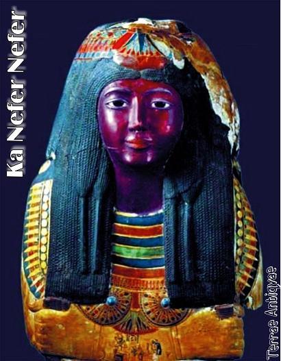 Las autoridades egipcias de arqueología dieron hoy un plazo de una semana al Museo de Arte de San Luis de EEUU para devolver una máscara de una momia de la XIX dinastía faraónica (1304-1192 a.C.) que fue sacada de contrabando de Egipto