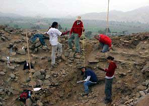 Descubren en los Andes peruanos la civilización más antigua de América