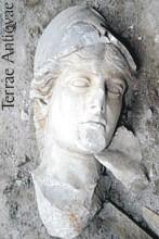 Descubren estatuas de diosas griegas en Creta