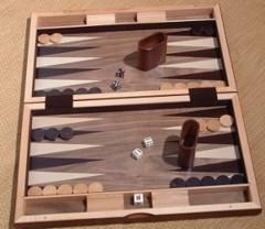 Descubren el backgammon más antiguo del mundo en el sur de Irán