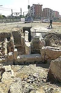 Las obras de la ronda norte descubren la primera estructura hidráulica del siglo X