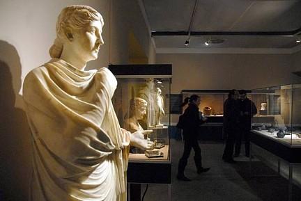 Pompeya y Herculano a la sombra del Vesubio 001