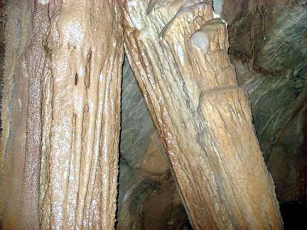 Cueva Dos Hermanos Arintero León 3