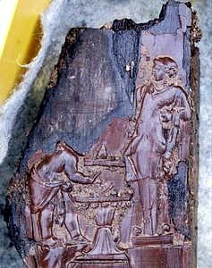 Trono madera Villa de los Papiros Herculano 008