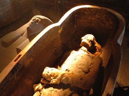 Hatshepsut XVIII din. 009 TA