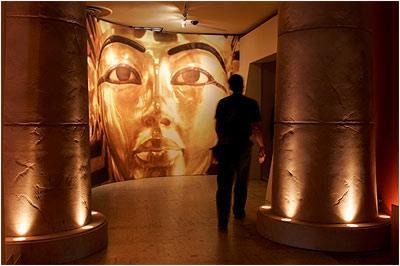 Los Ángeles acoge la ambiciosa exposición 'Tutankamón y la edad dorada de los faraones'